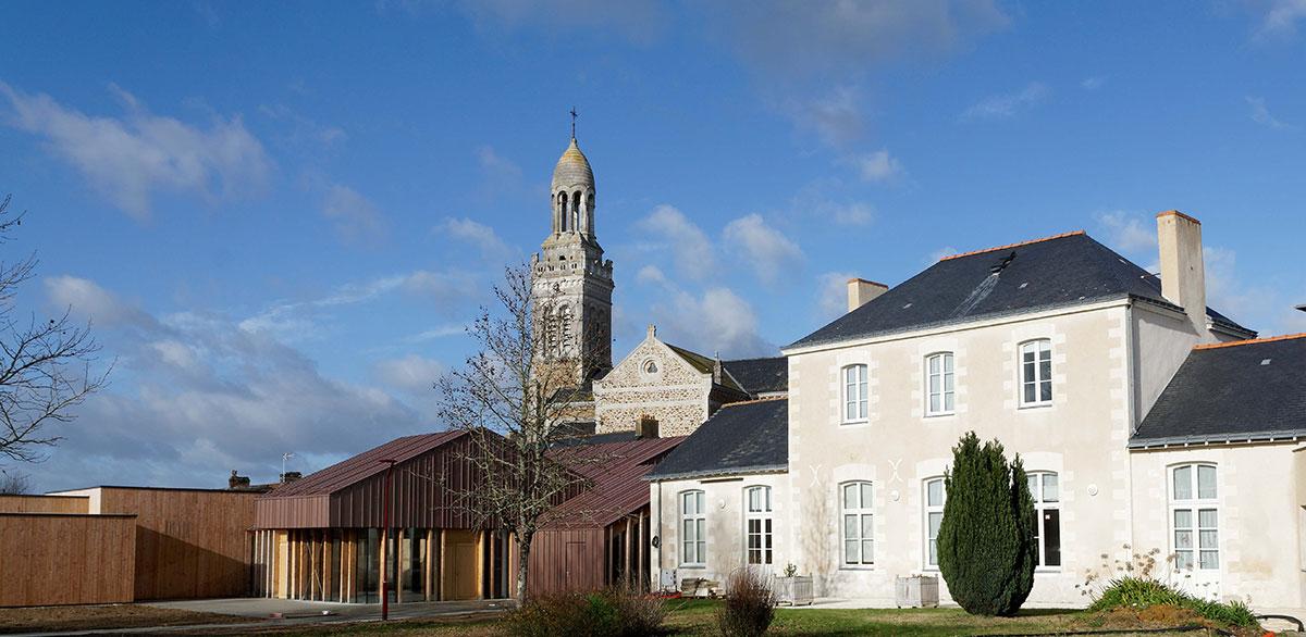 Salle Polyvalente St Mars de Coutais et Mairie